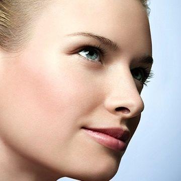 قبل از لیزر موهای زائد، پوست خود را برنزه نکنید