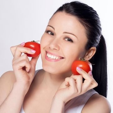 درمان ریزش مو با گوجه فرنگی