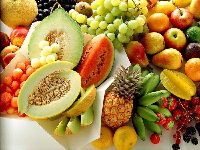برای داشتن موهایی زیبا و سالم، رژیم غذایی مغذی و سرشار از پروتئین داشته باشید