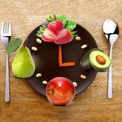 چه زمانی از روز برای خوردن میوه مناسب است؟