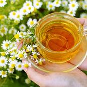 با چای بابونه، از بروز جوش های بعد از اصلاح جلوگیری کنید