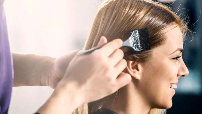 روش عالی برای رنگ کردن موهای سفید