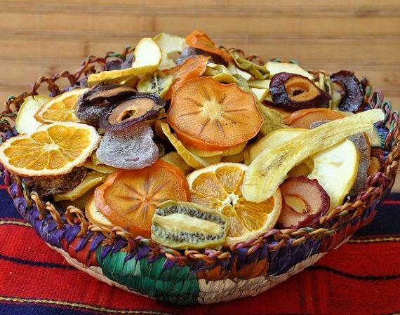 آیا استفاده از میوه های خشک توصیه می شود؟