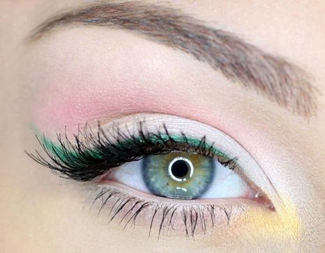 چگونگی انتخاب سایه هایی متناسب با رنگ چشم