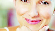 خط لبخند را با آرایش محو کنید