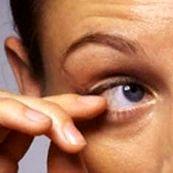 علائم و نشانه های اختلالات تیک و نحوه ی درمان آن