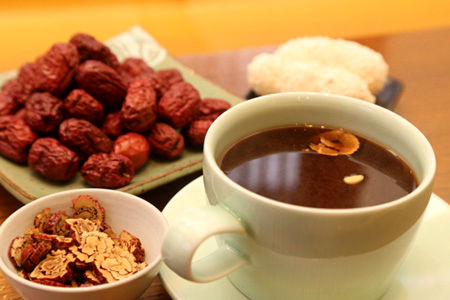 فواید شگفت انگیز مصرف چای عناب