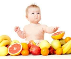 شما فقط اجازه دارید این میوه ها را  به نوزاد بدهید