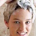 مراتب شستشو موی سر به چه صورت است؟