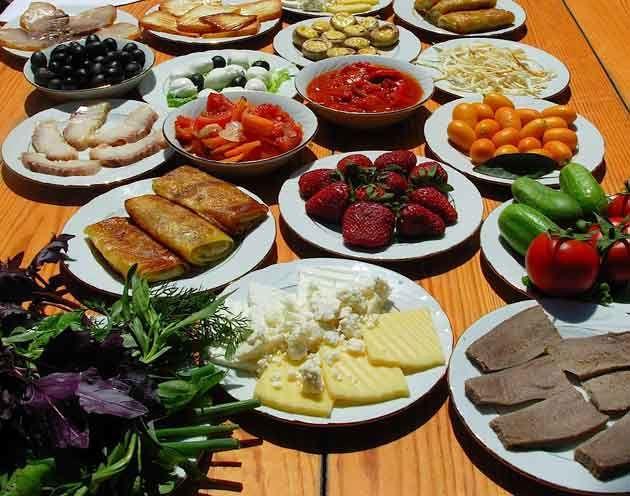 پرخوری و ترکیب ناصحیح غذاها در دوران حاملگی