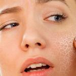چه تفاوت هایی بین پوست خشک و پوست کم آب وجود دارد؟