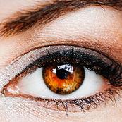 نکات آرایشی برای دختران مو مشکی با چشمان قهوه ای