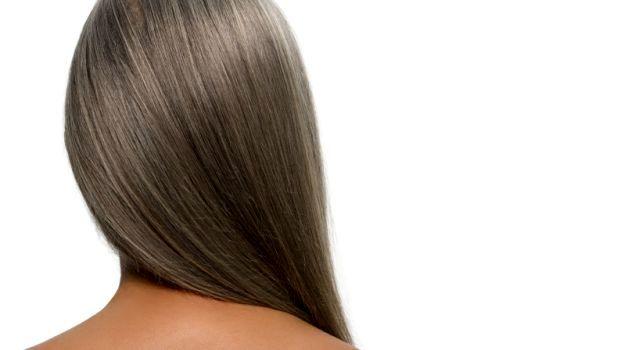 چند راهکار ساده برای پیشگیری از سفیدی زودرس موها