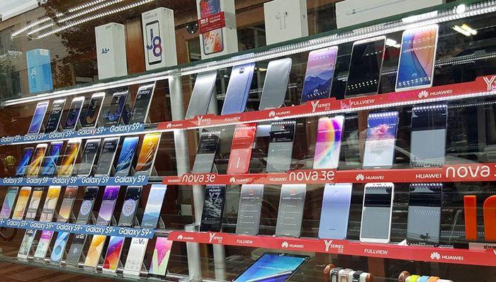 قیمت گوشی موبایل امروز 7 مهر 1400 / قیمت آیفون 13 چند؟