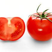 نقش گوجه فرنگی بر زیبایی
