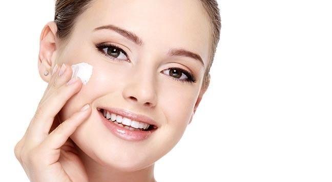 آموزش و ساخت کرم های پاک کننده پوست
