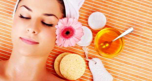 فواید بی نظیر عسل برای پوست
