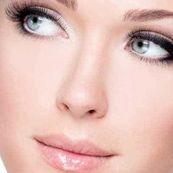 محلول نرم کننده پوست صورت و گردن