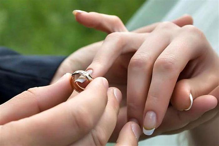 روش های ساده ابراز علاقه به همسر را بخوانید
